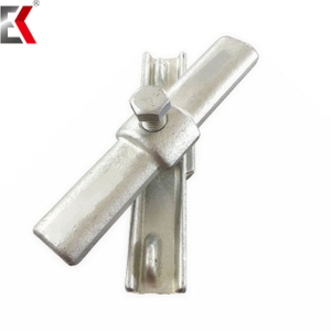 Supplying EN74 Standard Pressed Clamps Drop Forged Inner Joint Pin Coupler