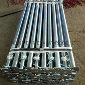 Supplying 3.5M 4.0M Galvanized Or Painted Scaffolding Adjustable Steel Telescopic Props